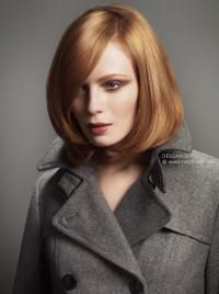 proste rude włosy