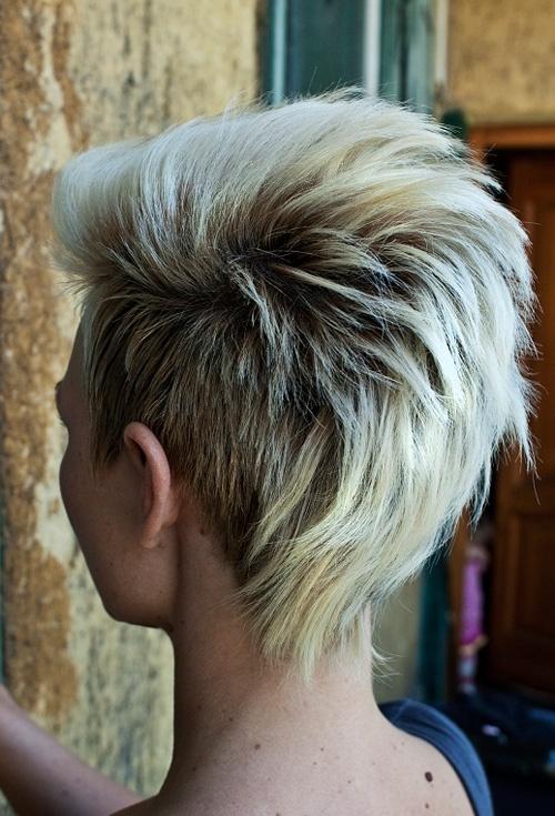 short punk hairstyles 2017 : Wygolony Bok, Blond W?osy, Kr?tka Fryzura Fryzury - Galeria