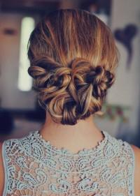 niskie romantyczne upięcie włosów