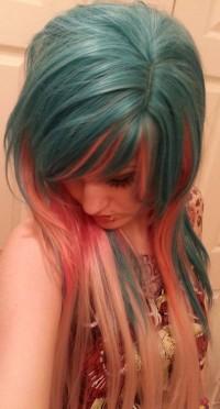 zielone włosy, dwukolorowe włosy