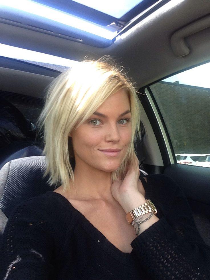 Blond Włosy Cieniowane Końce Fryzury Galeria