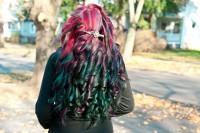 czerwono zielone włosy