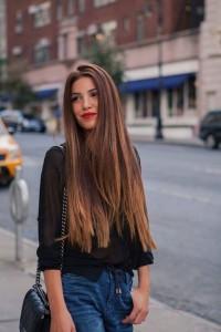 długie jasnobrązowe włosy