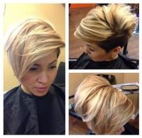 super krótka fryzura, pasemka, wygolony bok