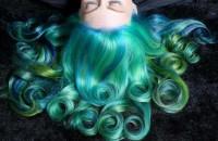 zielono niebieskie włosy