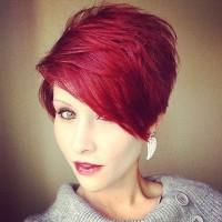 krótkie czerwone włosy