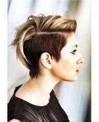 krótkie fryzury, ciemniejszy wygolony bok