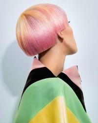 różowy blond