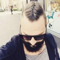 Męski warkocz. Najnowsza fryzura dla panów: męski warkocz.