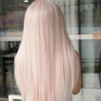 zaróżowiony blond