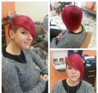 krótkie czerwone włosy, wygolony bok