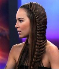 fryzura na studniówkę, uczesanie z warkoczem
