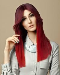 długie proste czerwone włosy