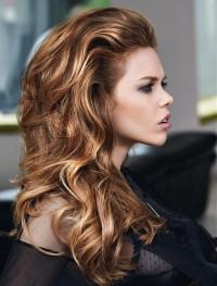 piękne puszyste włosy fale
