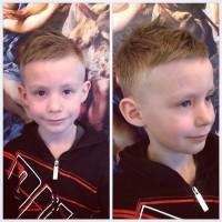urocza fryzura dla chłopczyka