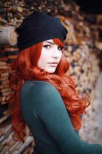 rude długie włosy