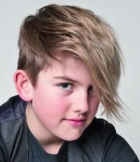jaka fryzura dla chłopca