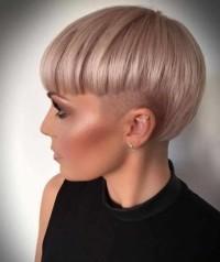 Super nowoczesna kobieca fryzurka