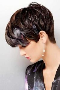 modna fryzura grzybek
