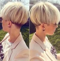 blond paź